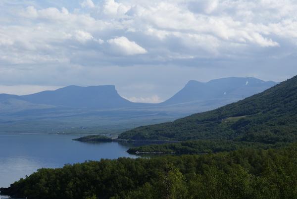 Шведская Лапландия. озеро Турнетреск, Абиско. Серебряный водопад
