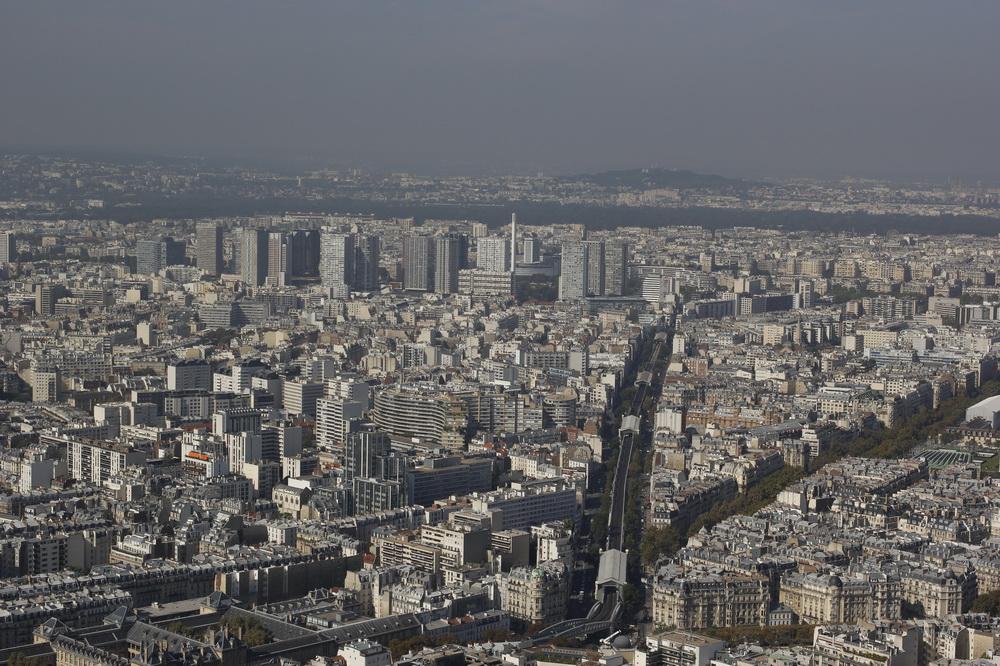 Париж, Одна из линий городского рельсового транспорта