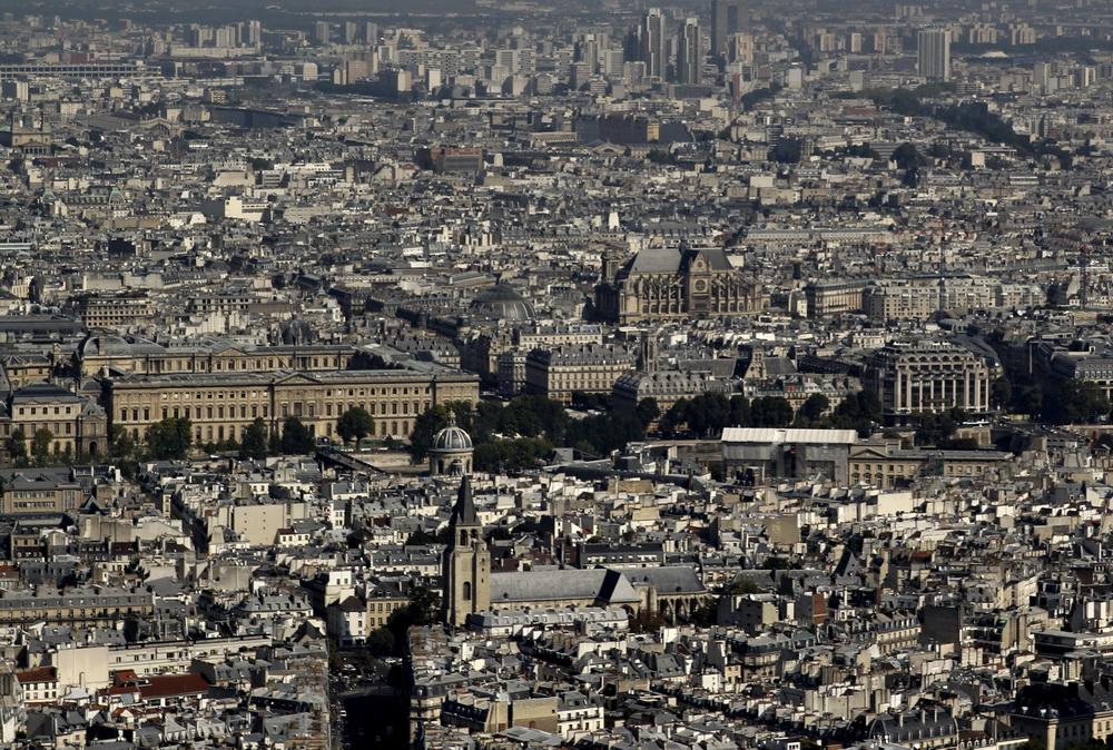 Лувр и церковь св. Евстафии. Вид с башни Монпарнас