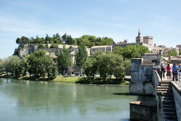 Авиньон. Вид с моста на Папский дворец
