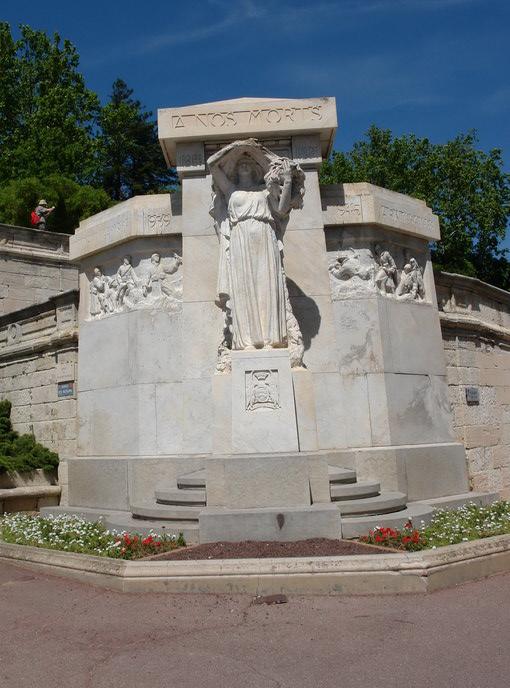 Авиньон, Памятник погибшим в мировых войнах
