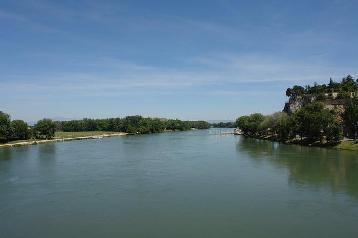 Рона в районе Авиньона Авиньонский мост Pont d'Avignon
