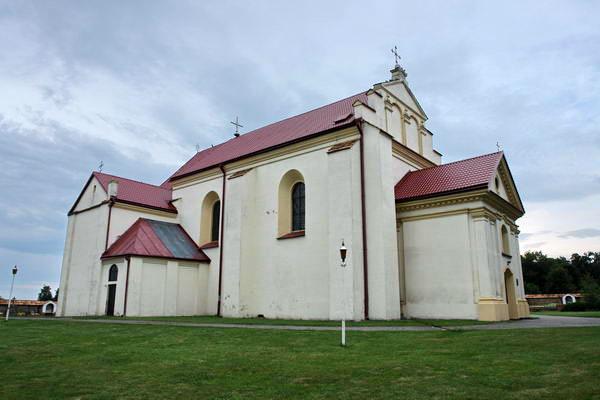 Кремяница. Францисканский костел св. Юрия