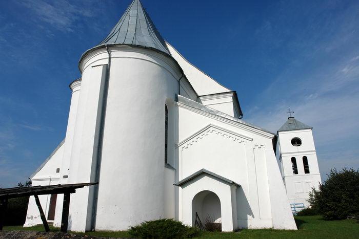 Чернавчицы, храм-крепость. Троицкий костел