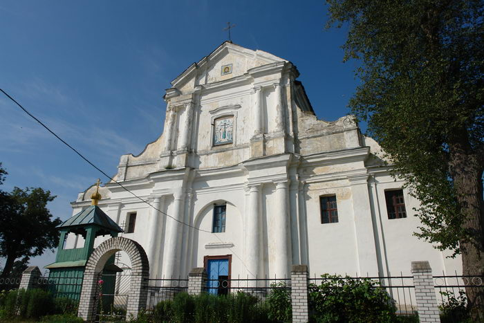 Вистычи. Крестовоздвиженская церковь