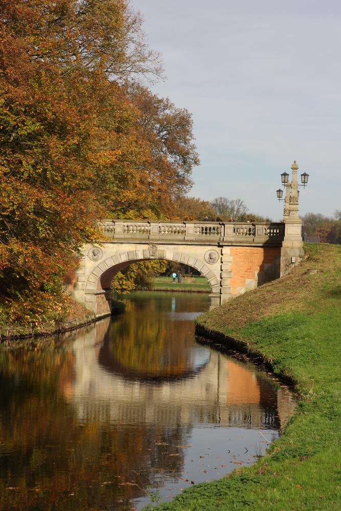 моста в Бюргерпарке Бремена