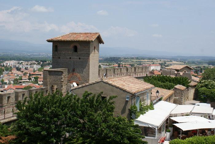 замок Каркассона, римская башня