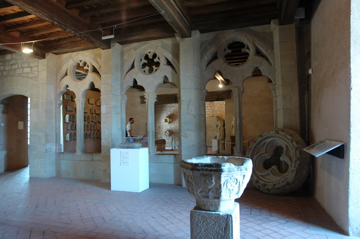 внутри замок Каркассона