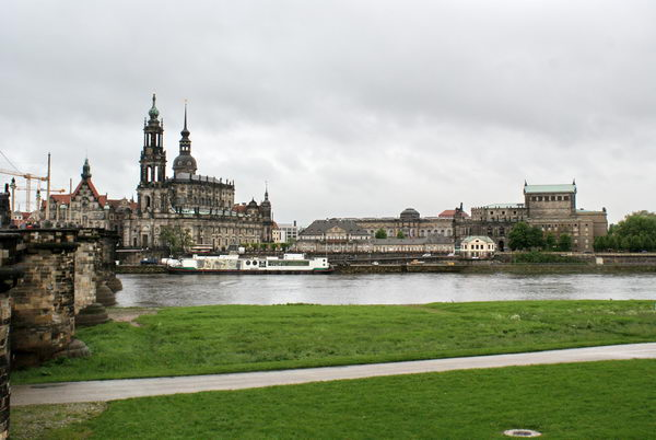 Дрезден, Вид старого города с Эльбы