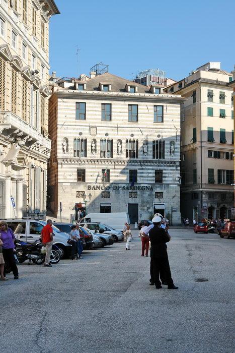Италия, Генуя, полиция