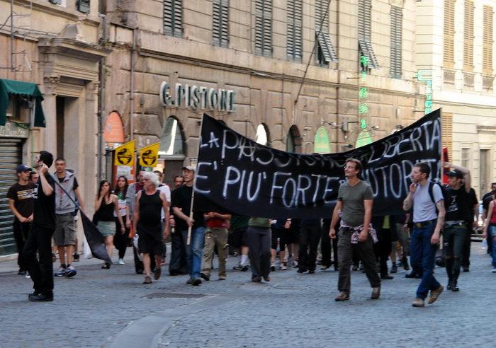 Италия, Генуя, анархисты