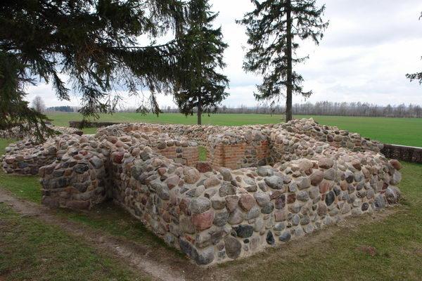Грюнвальд поле битвы, часовня в честь Юнгингена