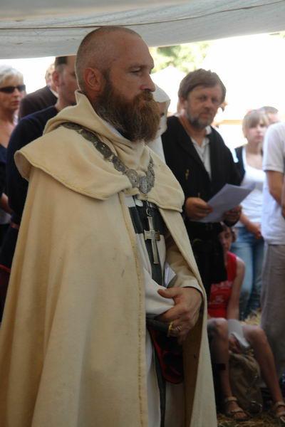 Грюнвальд 2010. Ульрик фон Юнгинен молится перед битвой
