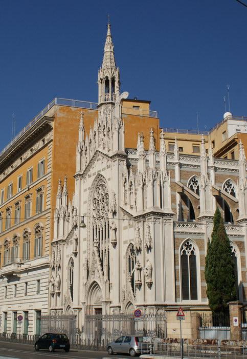 Рим, единственная готическая церковь города