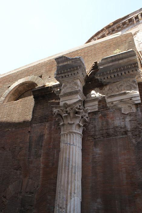 Рим, Фрагменты отделки Пантеона