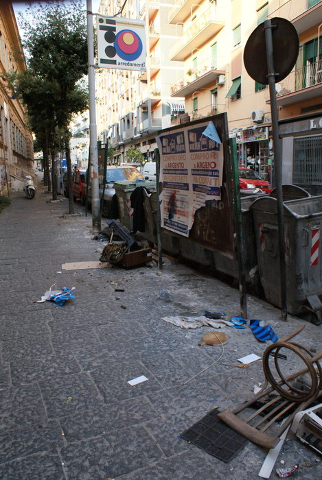 мусор Кастелламмаре ди Стабия