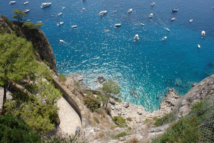 остров Капри, Марина Пиккола