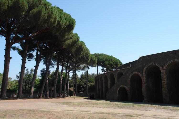 Помпеи. Большой амфитеатр
