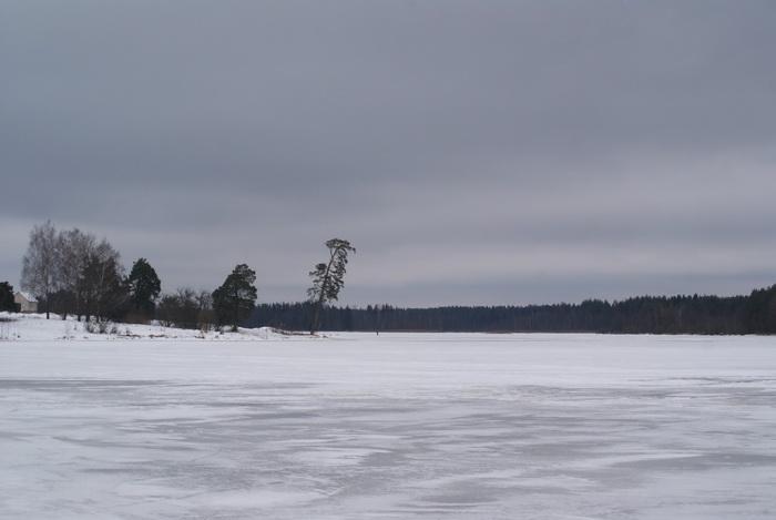 Жемыславль, запруда на реке Гавья, зима