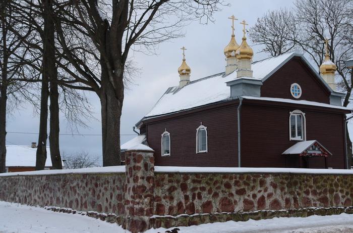 Трабы, церковь св. Петра и Павла