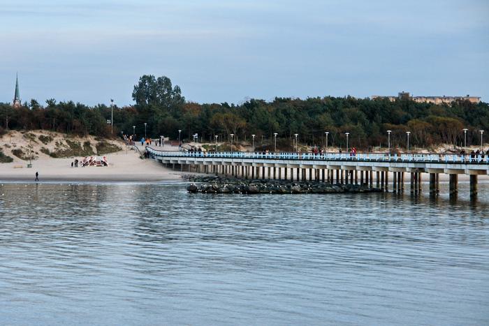 Пляж в Паланге, осень 2010