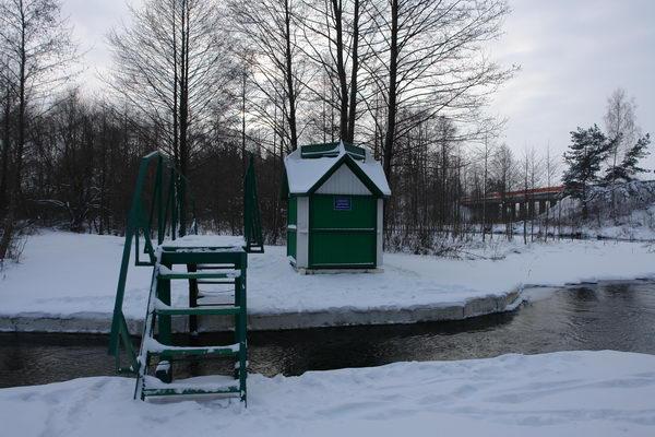 Гидрологическая станция на реке Скема