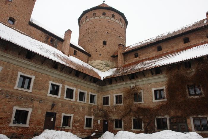 Решель. Замок