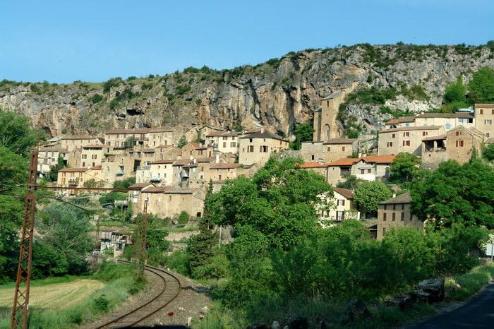 самая красивая деревня Франции