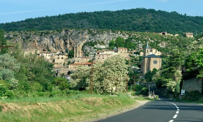 самая красивая деревня Франции Пейре (Peyre)