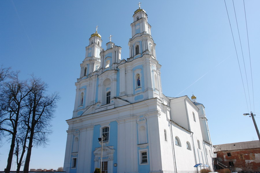 Глубокое собор Рождества богородицы (бывший монастырь кармелитов)