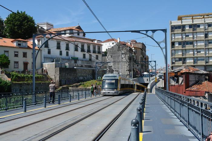Порту метро