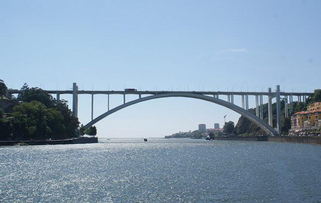 Порту мост Аррабида