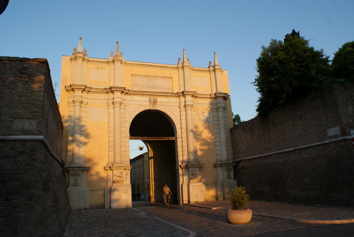 Равенна. Городские ворота