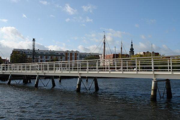 самый старый в Европе разводной мост Грейфсвальд. Мекленбург – Передняя Померания
