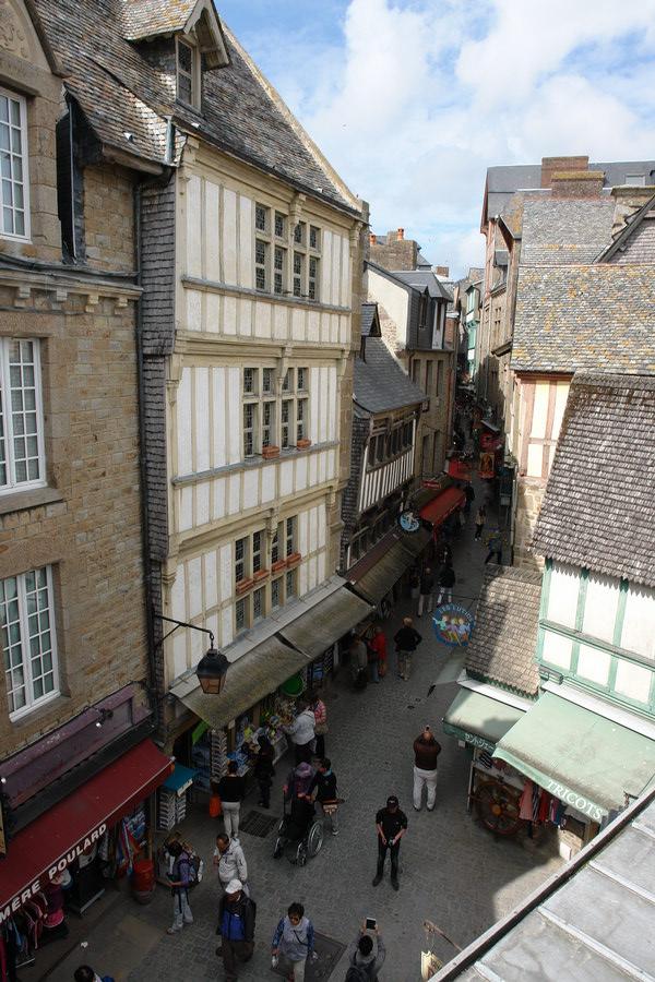 улица на Мон-Сен-Мишель