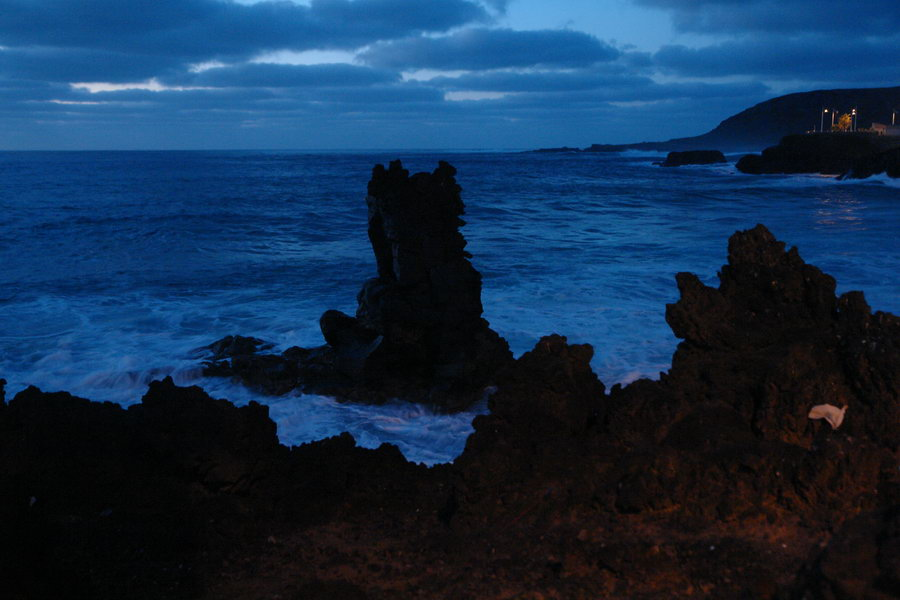 Канарские острова. Гран Канария. Лас Пальмас. Прибой и закат