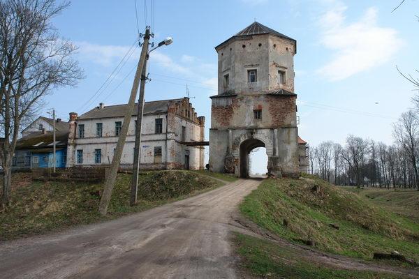 Замок в Любче